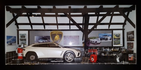 Car Display Box – Lamborghini Urus