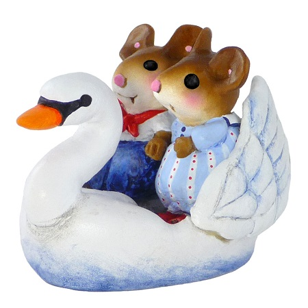 Swan Boat Sweethearts