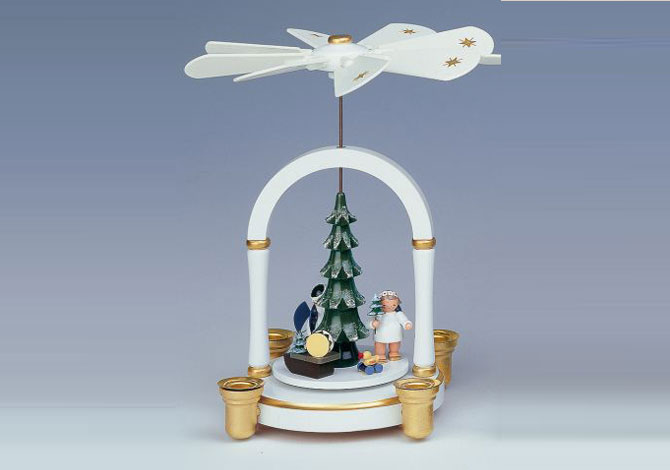 Pyramid – Angels Under Tree White/gold